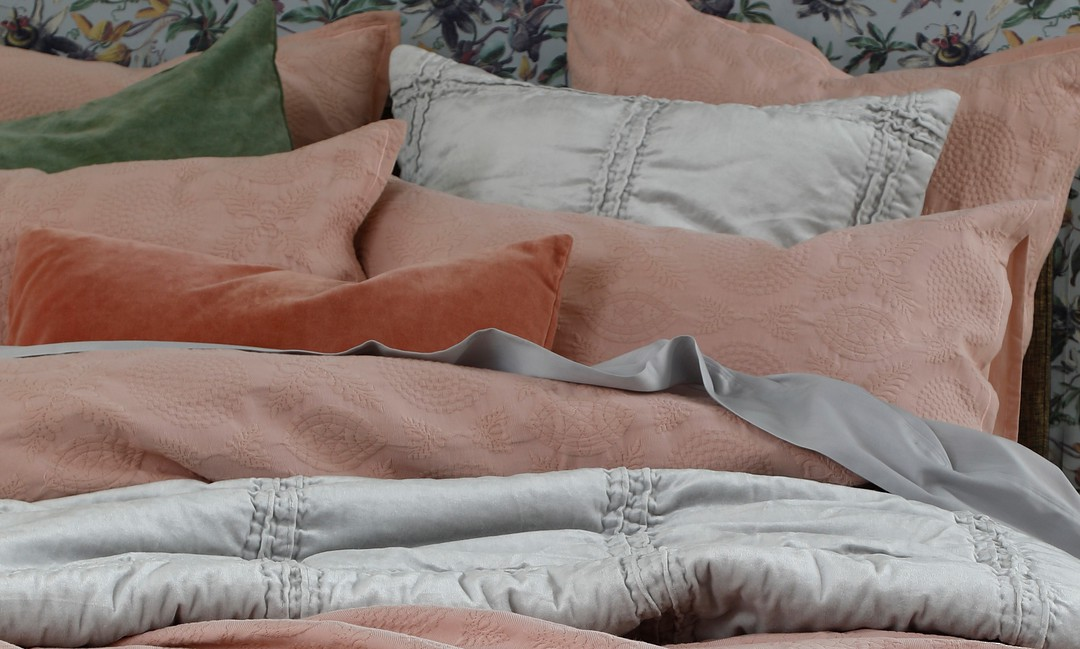 MM Linen - Aviana Bedpread Set - Rose image 1