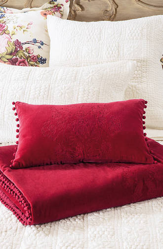 Bianca Lorenne - Cordelia Red Cushion