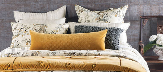 Bianca Lorenne - Hanami Natural Comforter and Cushion