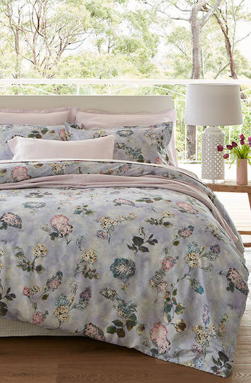 Baksana - Lilac Duvet Cover Set - King - ON SALE