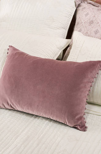 Bianca Lorenne - Mateo Lavender Quartz Comforter and Cushion