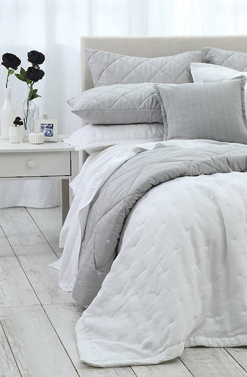 MM Linen - Laundered Linen Bedspread Set - White