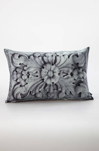 MM Linen - Carved Stone Cushions