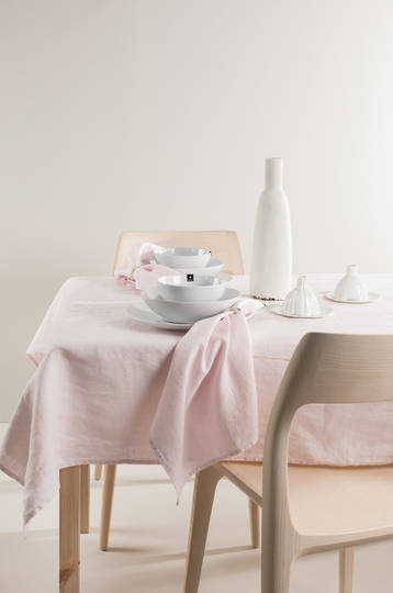 Importico - Himla Tablecloths/Napkins/Table Runner - Romance