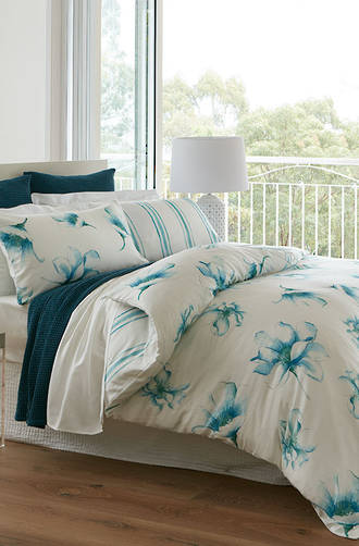 Baksana - Waterlily Duvet Cover Set