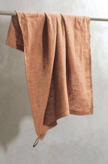 Bianca Lorenne -100% Linen Cinnamon Chambray Tea Towel
