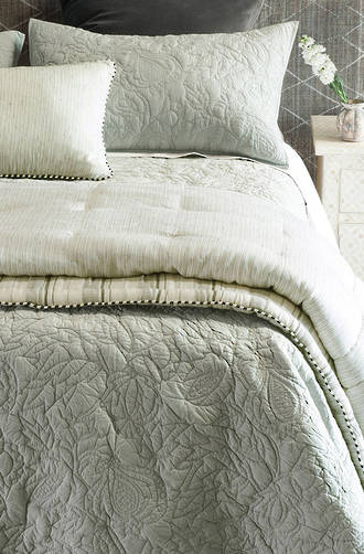 Bianca Lorenne - Pezzato Comforter and Cushion