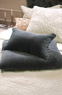 Bianca Lorenne - Amelie Charcoal Cushion
