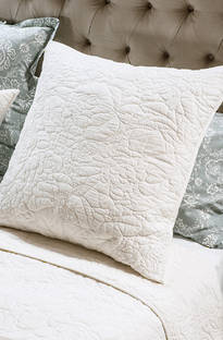 Bianca Lorenne Bergamo Bedspread / Pillowcases - Sold Separately
