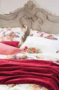 Bianca Lorenne - Cordelia Red Comforter/Euros and Cushion - Sold Separately