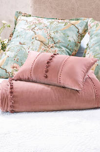 Bianca Lorenne - Isadora Rose Pink Comforter and Cushion