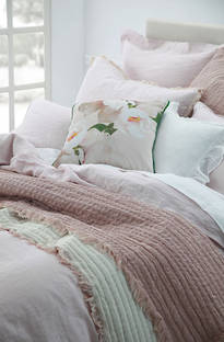 MM Linen Tali Throw & Cushion - Blush