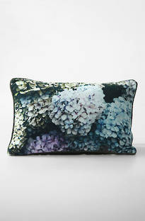 MM Linen - Hydrangea Velvet Cushion